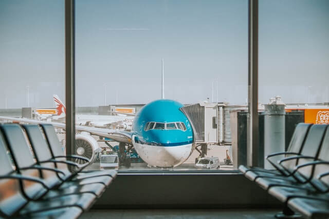 Corte de Apelaciones de Santiago acoge recurso de amparo por retención ilegal de extranjero en aeropuerto immichile