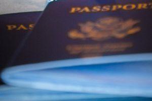 Son considerados residentes quienes han estampado visa consular pero que aún no han ingresado a Chile immichile