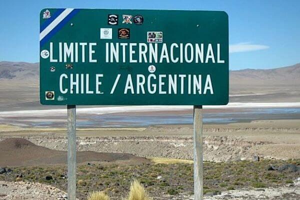 Se extiende el cierre de fronteras en Chile a lo menos hasta el próximo 31 de agosto de 2021 immichile